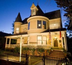 CW Worth House Bed and Breakfast