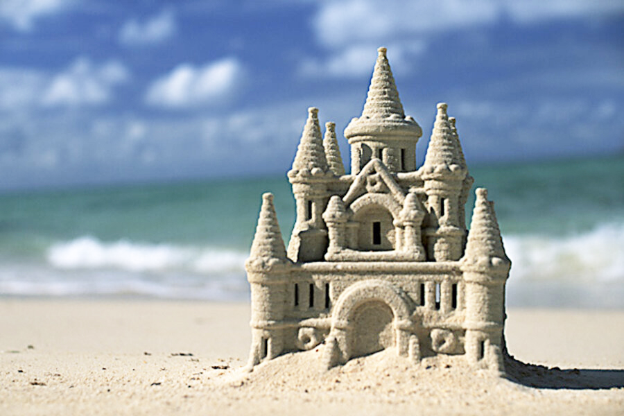 Carolina Beach Holiday Sandcastle Competition: Dec. 12th - Wilmington NC -  coastalnc-wilmington.com
